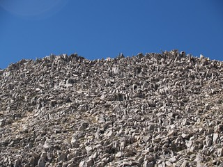 1243 Broken talus on the Sierra Crest ridge west of Bishop Pass where we ate lunch | by _JFR_