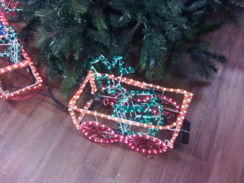 Trineo con iluminación navideña