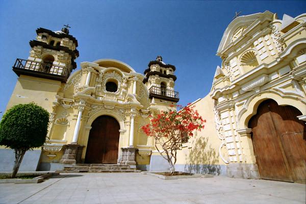 Peru Travel Photography Reisfotografie Pisco Peru.253 by Hans Hendriksen