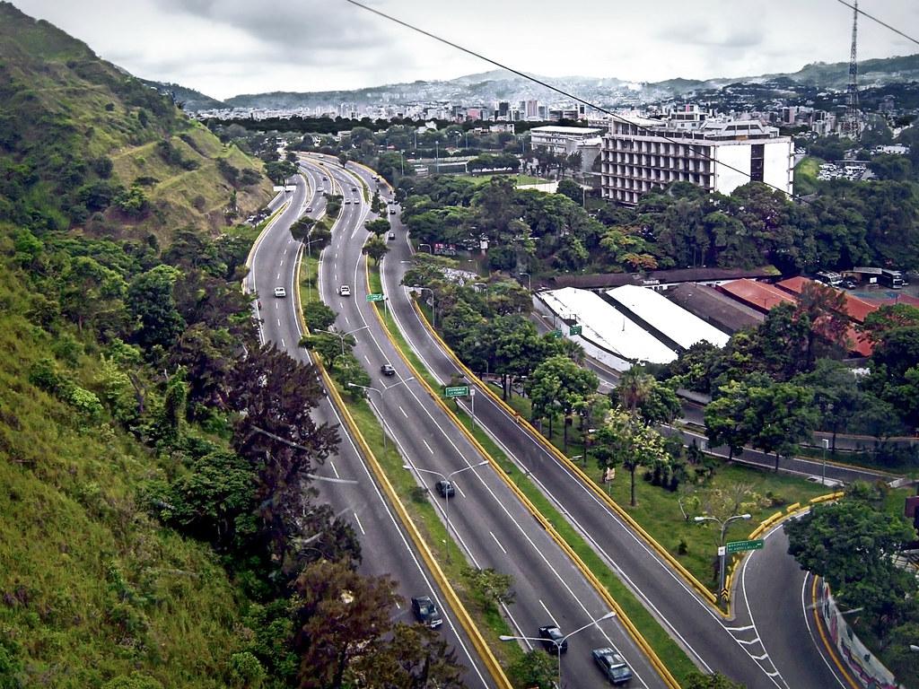 Cota Mil | La Avenida Boyacá, conocida popularmente como Cot… | Flickr