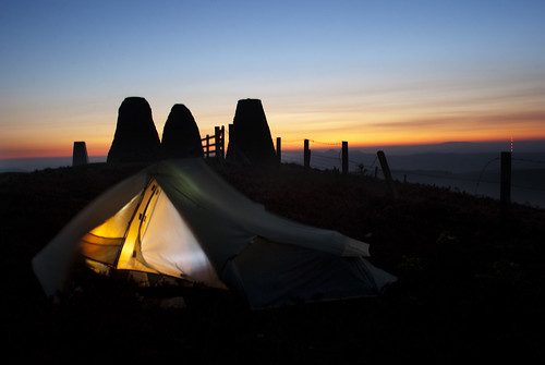camping sunrise dawn scotland tent backpacking solo threebretheren