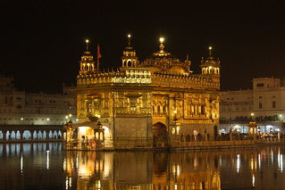 Amritsar, Golden Temple | by Arian Zwegers