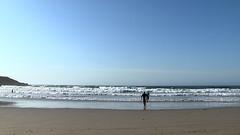 Surfista en la playa de Caión