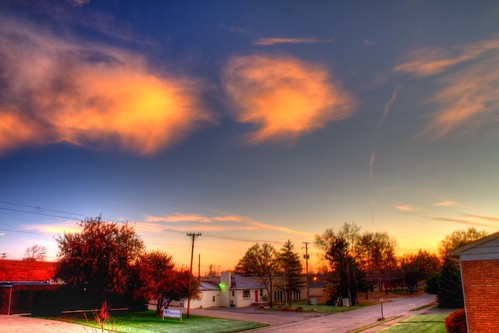 clouds mi sunrise canon scott eos michigan 7d hdr smithson clawson metrodetroit dtwpuck scottsmithson scottelliottsmithson