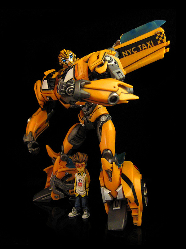 Bumblebee & Raf (TF:Prime NYCC exclusive) (1) | Here's a spe