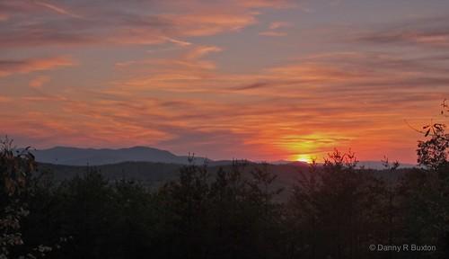 "sunset usa mountains canon rebel nc ngc ridge burke mountains"" 2011 ""blue ""canon ""north carolina"" ridge"" ""project xti"" 365"" nights"" flickraward ""1001 mygearandme 28mm135mm"""