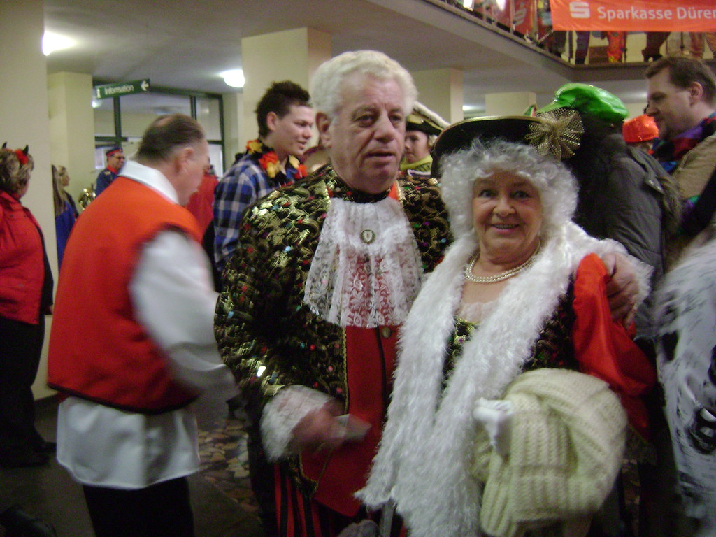 Disfraces, Fiesta en la Municipalidad, Carnaval Düren 2011, Alemania/Costumes, Rathaus Party, Karneval Düren' 11, Germany - www.meEncantaViajar.com