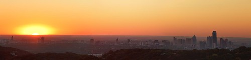 sunrise austin uttower texas panoramic capitol 2011 canonef300mmf4lisusm canoneos5dmarkii royniswanger 5dmk2 motleypixelcom 632mp fullaustinskyline