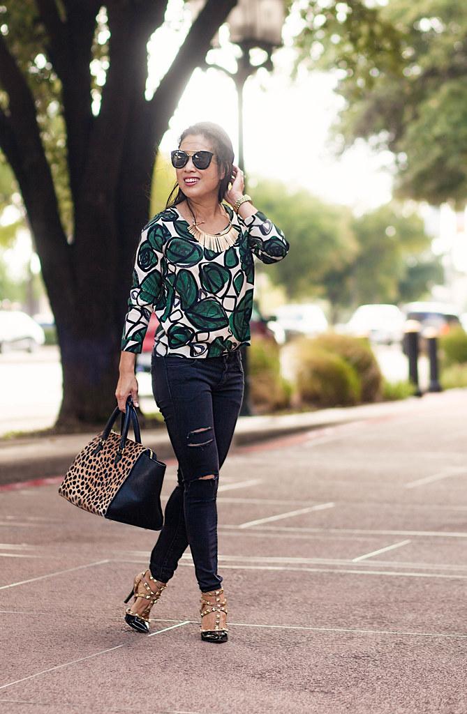 44248401ce8 cute & little blog   petite fashion   leaves print top, di…   Flickr