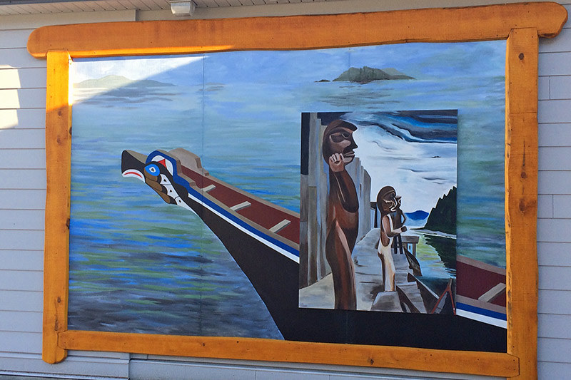 Mural depicting a First Nations' Canoe and Tom Poles, Chemainus, Cowichan Valley, Vancouver Island, British Columbia