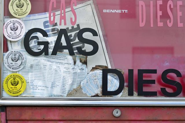GAS DIES