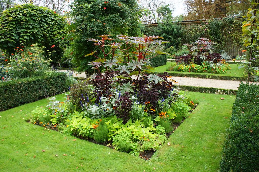 Formal Garden Design (squares In Turf) | Karl Gercens | Flickr