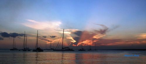 sunset atardecer américa dominicanrepublic tropic caribbean antilles caribe bayahibe repúblicadominicana trópico antillas fujif40fd fujifilmfinepixf40fd fujifinepixf40fd bayahibebeach altagraciaaristy caraïbi playadebayahibe