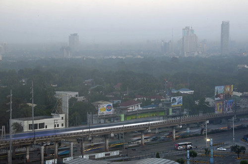 morning sunrise blurred trains m commute morningcommute lowcontrast edsa highquality manilia mediumquality