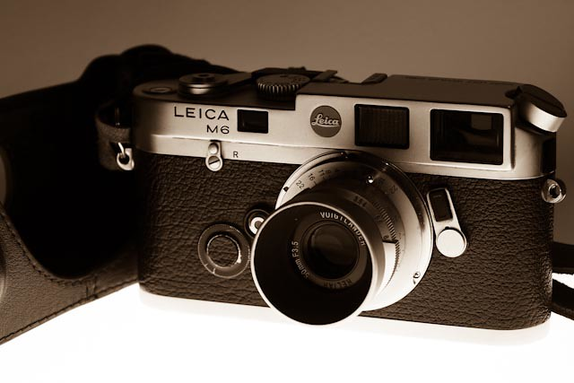 Leica M6 - Graf Baudissin    This well used M6 is engraved