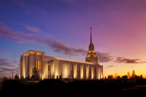 morning blue light red sky yellow sunrise temple dawn twilight azure twin falls idaho mormon lds twinfallstemple