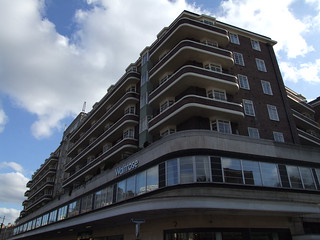 199 Finchley Road | by failing_angel