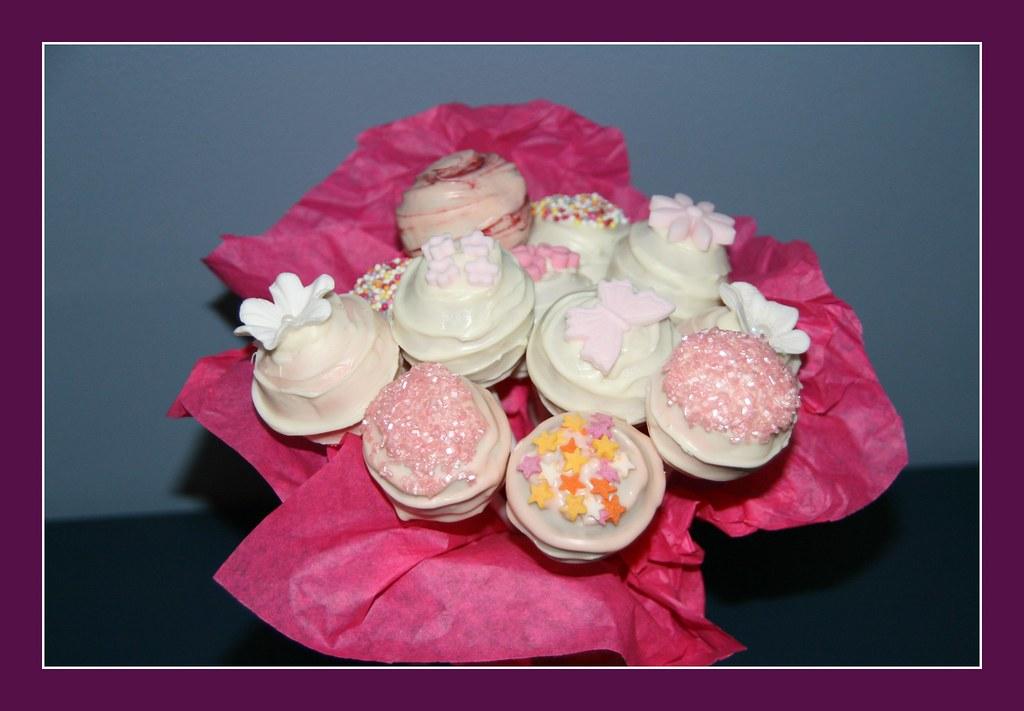 Amazing Happy Birthday Cake Pops For The Almeida Theatre Winging T Flickr Funny Birthday Cards Online Kookostrdamsfinfo