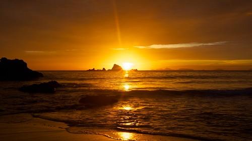 sea newzealand landscape coast sunrisesunset whangarei teararoa thelongpathway
