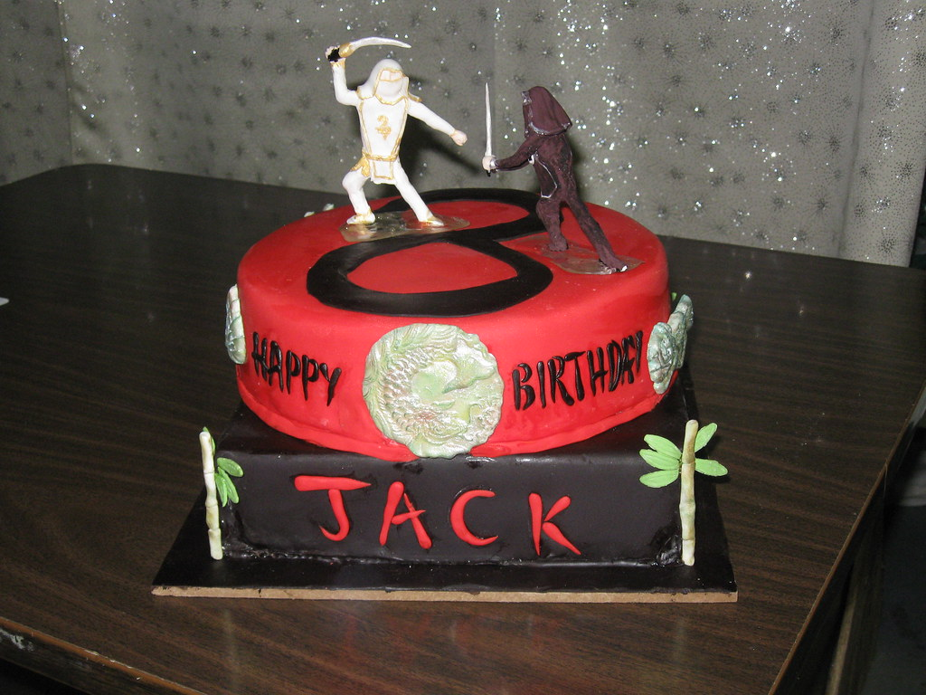 Dueling Ninja cake | My son wanted a cake with a black and w… | Flickr