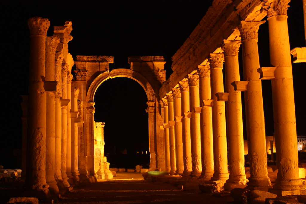 Palmyra, Great Colonnade and Monumental Arch | Palmyra, Grea… | Flickr