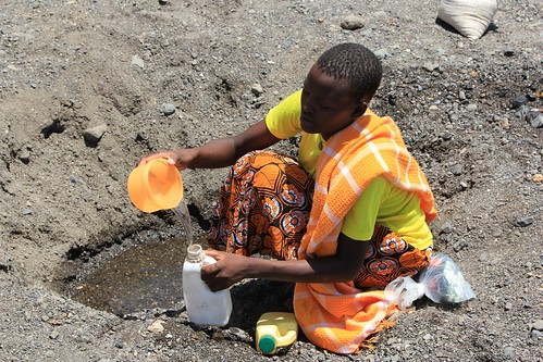 Digging for drinking water in a dry riverbed | by DFID - UK Department for International Development