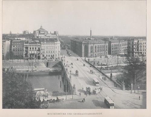 Moltkerbrücke Generalsgebäude   by janwillemsen