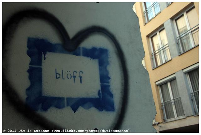 blöff | bluff