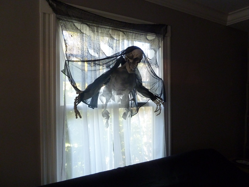 Halloween Party Window Decorations Call 978 532 2323 Or Vi Flickr