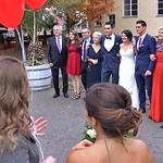 Das Brautpaar mit Geschwistern, Schwäger und Schwägerinnen sowie Eltern und Schwiegereltern.