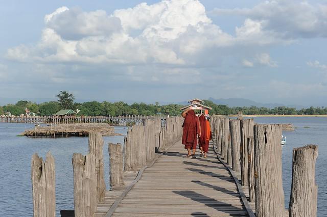 U Bein bridge, Amarapura, Myanmar D700 1389-1