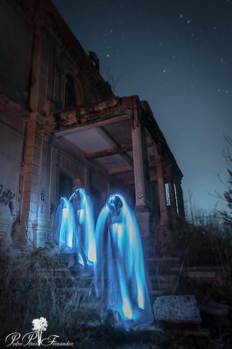 fotografiandolanoche lightpainting night palacetedelosgosálvez landscape chapel ghost noche fantasma larga exposicion nocturna