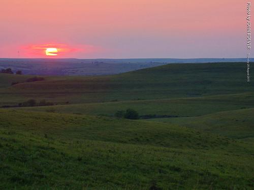 sunset summer evening august kansas prairie flinthills tallgrassprairie 2015 wabaunseecounty sunsetroad sunsetrd august2015