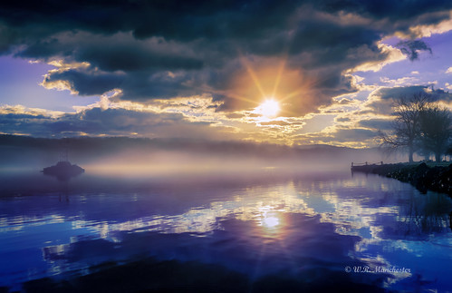 blue availablelight canon canon6d clouds canonllenses colors llenses landscape light sky sun sunrise hudsonriver hudsonvalley hoyand8 hoyacpl mountains manfrotto 247028l water wideangle outdoors