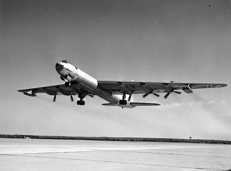 B-36D No Sway Struts 3