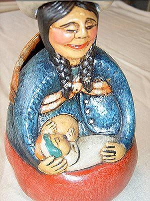 artes45   by breastfeeding pool