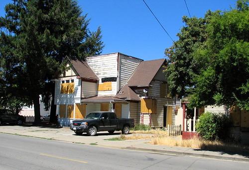 apartments carlson vacant boardedup davidson upp willits humboldtst valleyst 259s ardavidson sarahdavidson georgeupp
