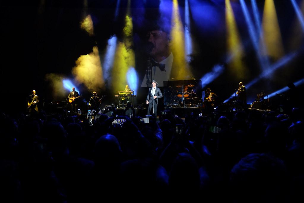 Tim McGraw!  Sky Ball XIV