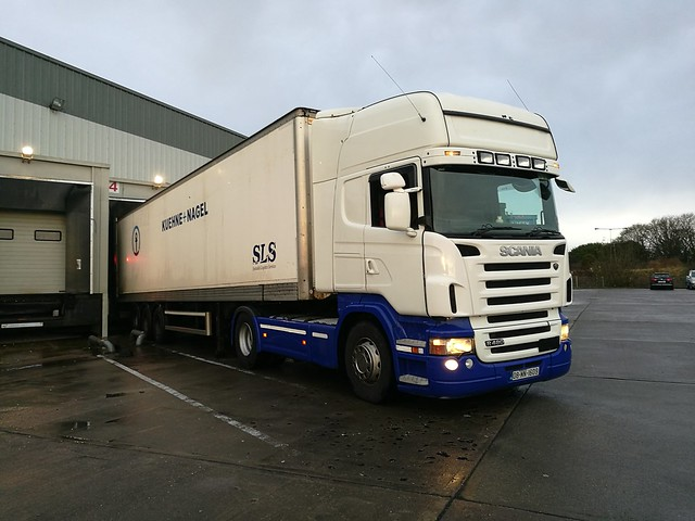 Kelly's Scania R480 pulling for Kuehne-Nagel