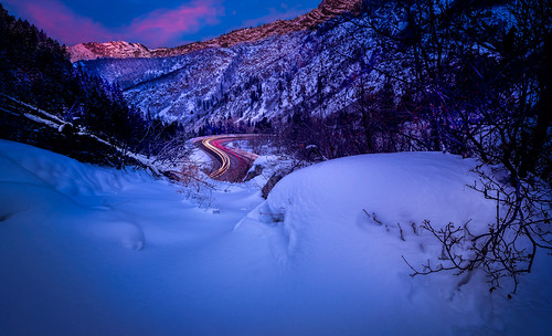 bigcottonwood bigcottonwoodcanyon bigcottonwoodsunrise color davekochphoto dawn landscape mountain mountains road scurve saltlakecity snow sunrise utahliveelevated winter wasatch wasatchback beutahful igutah outdoors photography utahgram utahisrad utahphotograph visitutah