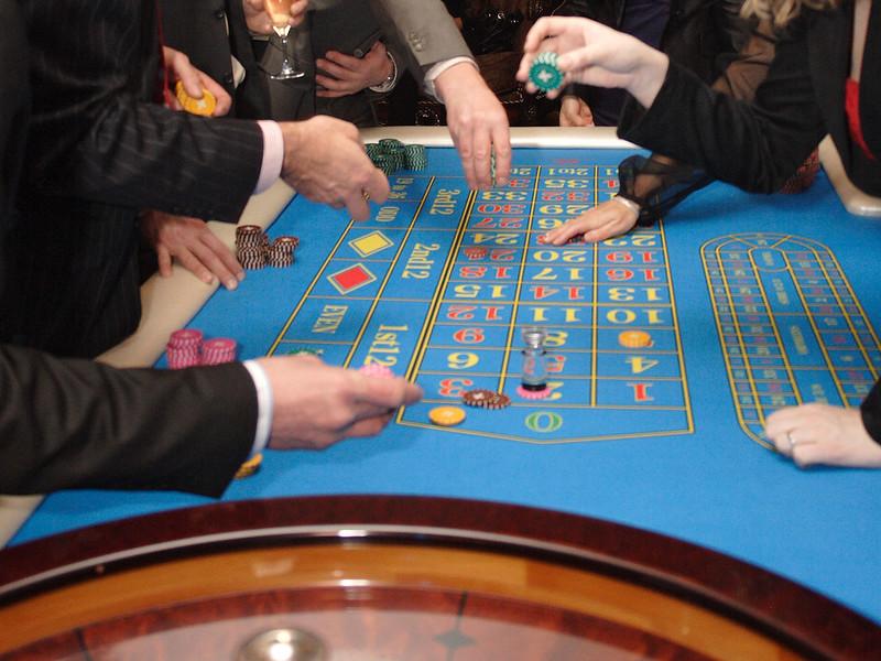 казино с минимальным взносом