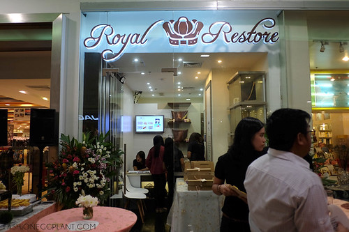 d8242376186 royal restore opens in sm north