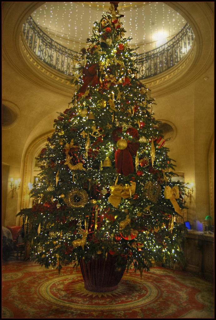 Christmas At The Ritz London.The Ritz London Christmas Tree 2016 London S Ritz Hotel Ha