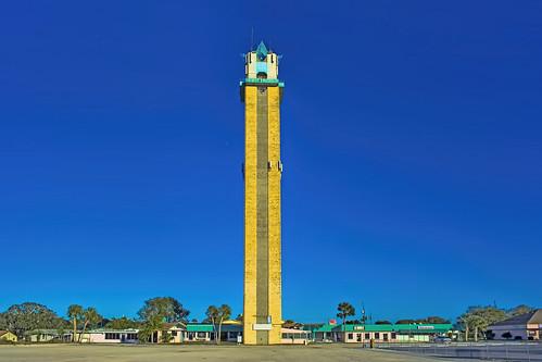 thelakeplacidtower 461ushighway27n lakeplacid usa awyatthowell structure sunshinestate bluesky