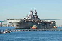 USS Essex (LHD 2) returns to San Diego on Tuesday. (U.S. Navy/MC2 Phillip Ladouceur)