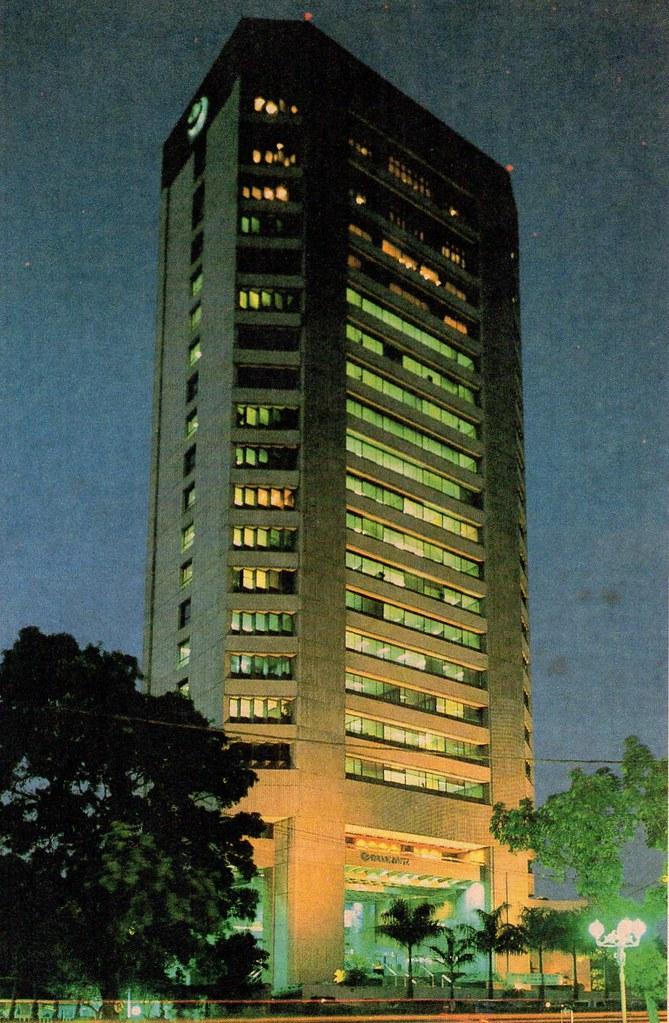 Menara Multimedia, 1990