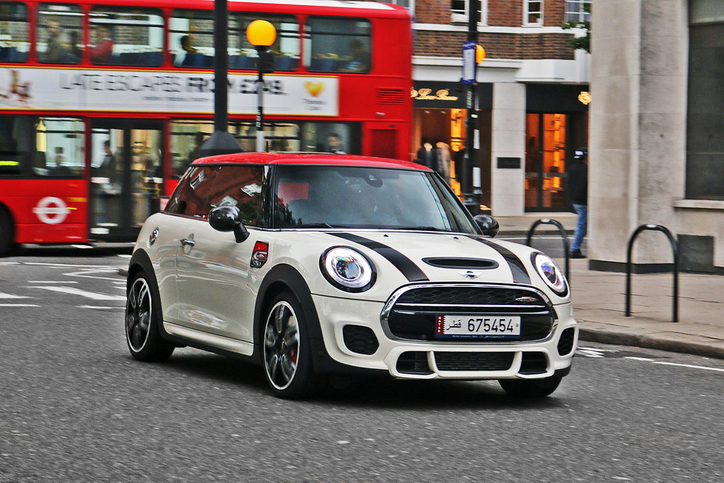 Mini Cooper S Jcw F56 675454 Qatar A Much More Interes Flickr