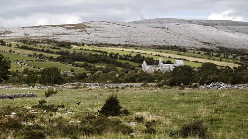 ireland church canon landscape clare burren canoneos irlande countyclare chláir corcomroeabbey corcomroe boireann chlair canon600d canont3i canonrebelt3i