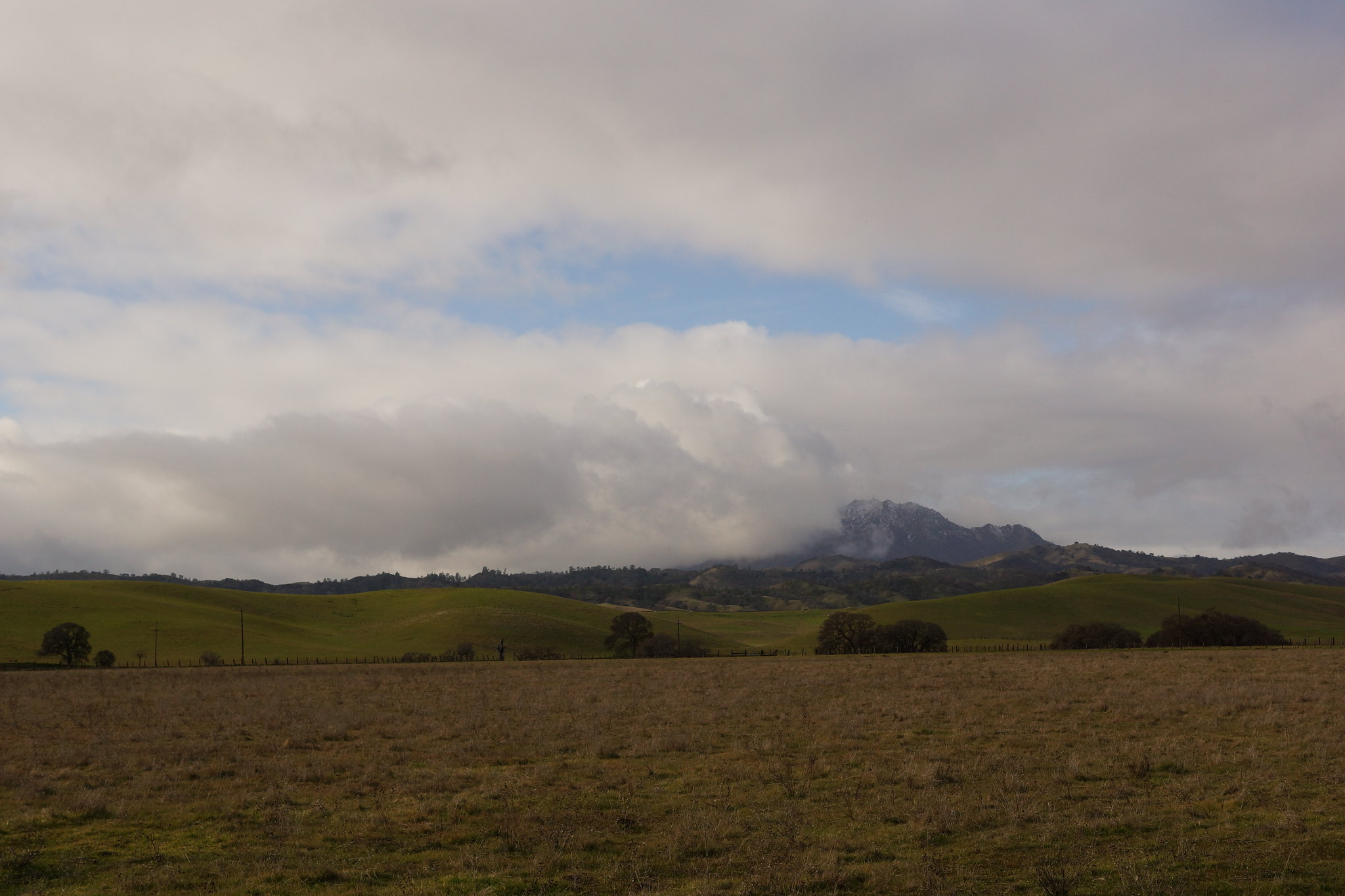 2017-01-02 Snow and Clouds on Mount Diablo (#1)