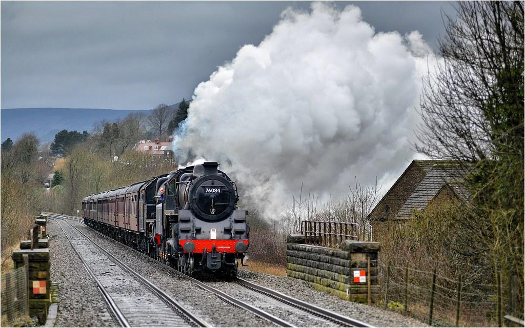 76084/45690. 'The Buxton Spa Express'.